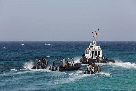 """الداخلية تنفي الأخبار المتداولة بشأن وجود اتفاق بين الرباط ومدريد يسمح للسفن الإسبانية التي تنقذ """"الحراكة""""بالرسو في الموانئ المغربية"""