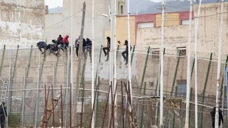 """منظمة غير حكومية تسجل بروز """"سوق مربحة لهجرة قاتلة"""" في المغرب"""