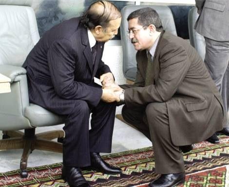 رئيس وزراء الجزائر يدعو بوتفليقة للترشح لولاية جديدة