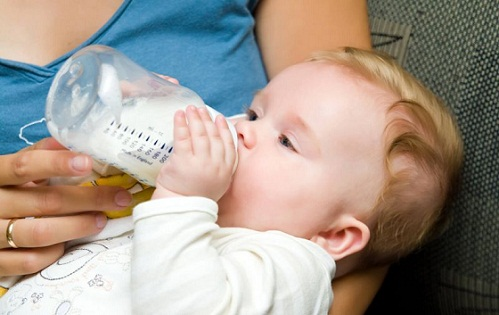 وزارة الصحة تسحب حليبا يُهدد الرضع من الأسواق المغربية