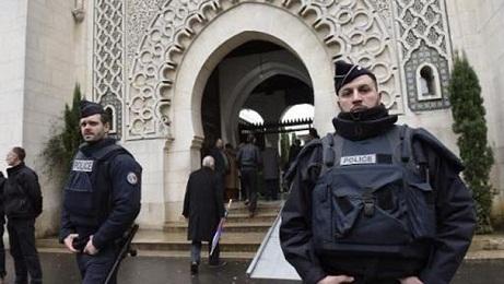 إغلاق مسجد تابع لامام سلفي في فرنسا