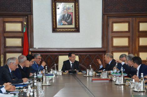 المجلس الحكومي يصادق على مشروع المرسوم المتعلق بدعم الصحافة والنشر والطباعة والتوزيع