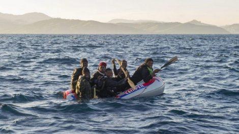إنقاذ 277 مهاجرا في البحر بين اسبانيا والمغرب ووفاة امرأة