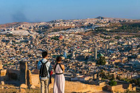 فنانون مغاربة في حملة ترويجية للسياحة بجهة فاس مكناس