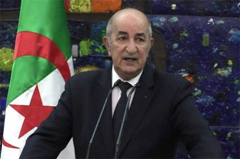 """جزائريون يطلقون هاشتاق""""#أين الرئيس"""""""