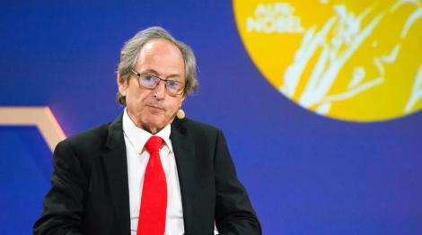 """بروفيسور حائز على جائرة """"نوبل"""": الإغلاق في ظلّ """"كورونا"""" لم ينقذ الأرواح"""